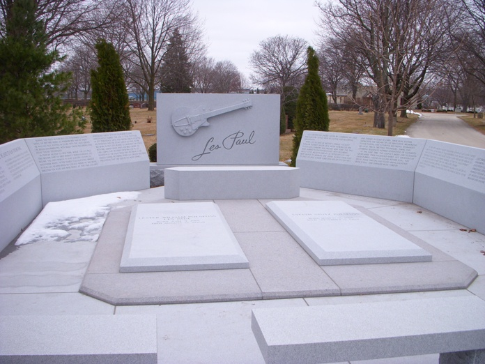 Les Paul Monument 2